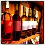 Verschiedene Weine der Wyprob in Schafis